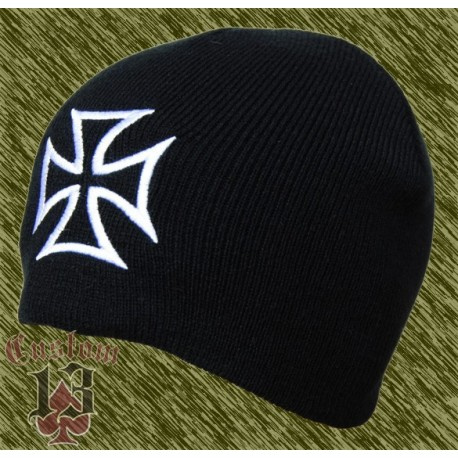 gorro de lana bordado cruz