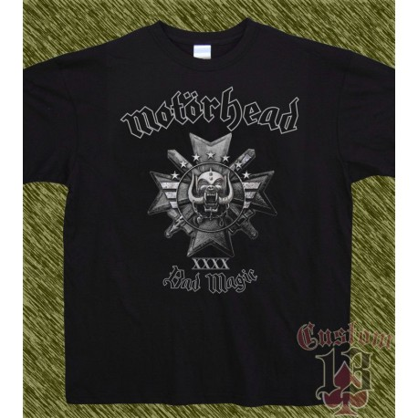 Camiseta negra, motorhead, bad magic