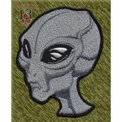 Parche bordado, cabeza alien