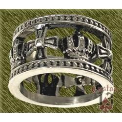 Anillo de acero, alianza cruces y coronas