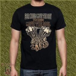 Camiseta negra, four wheels move the body